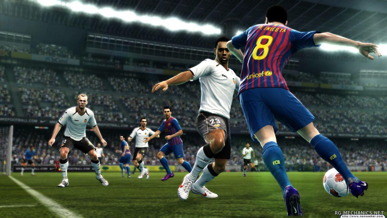 Скриншот к игре Pro Evolution Soccer 2013 (2012) PC | RePack от R.G. Механики